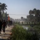 تصاویر پیاده روی زائران اربعین در منطقه الجربوعیه استان بابل