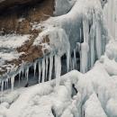 تصاویر یخ نوردی در آبشار یخ زده ی گنجنامه