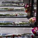 تصاویر مراسم گلباران و عطرافشانی مزار مطهر شهدا در اراک