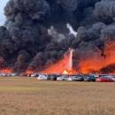 تصاویر آتش سوزی در پارکینگ فرودگاه فلوریدا
