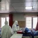 هلال احمر قم ۳۰۰ هزار تومان به بیماران نیازمندکرونایی کمک مالی میکند