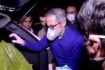 توزیع اقلام ضدعفونی و بهداشتی توسط بازیگر مطرح سینما و تلویزیون