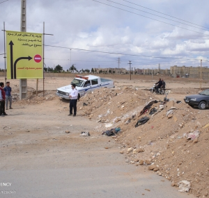 تصاویر غربالگری مسافران در تنها ورودی باز یزد
