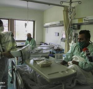 تصاویر عیادت سفیران امام هشتم (ع) از بیماران بیمارستان میلاد
