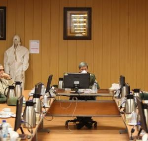 تصاویر بازدید وزیر دفاع از کارخانجات تولید لوازم بهداشتی